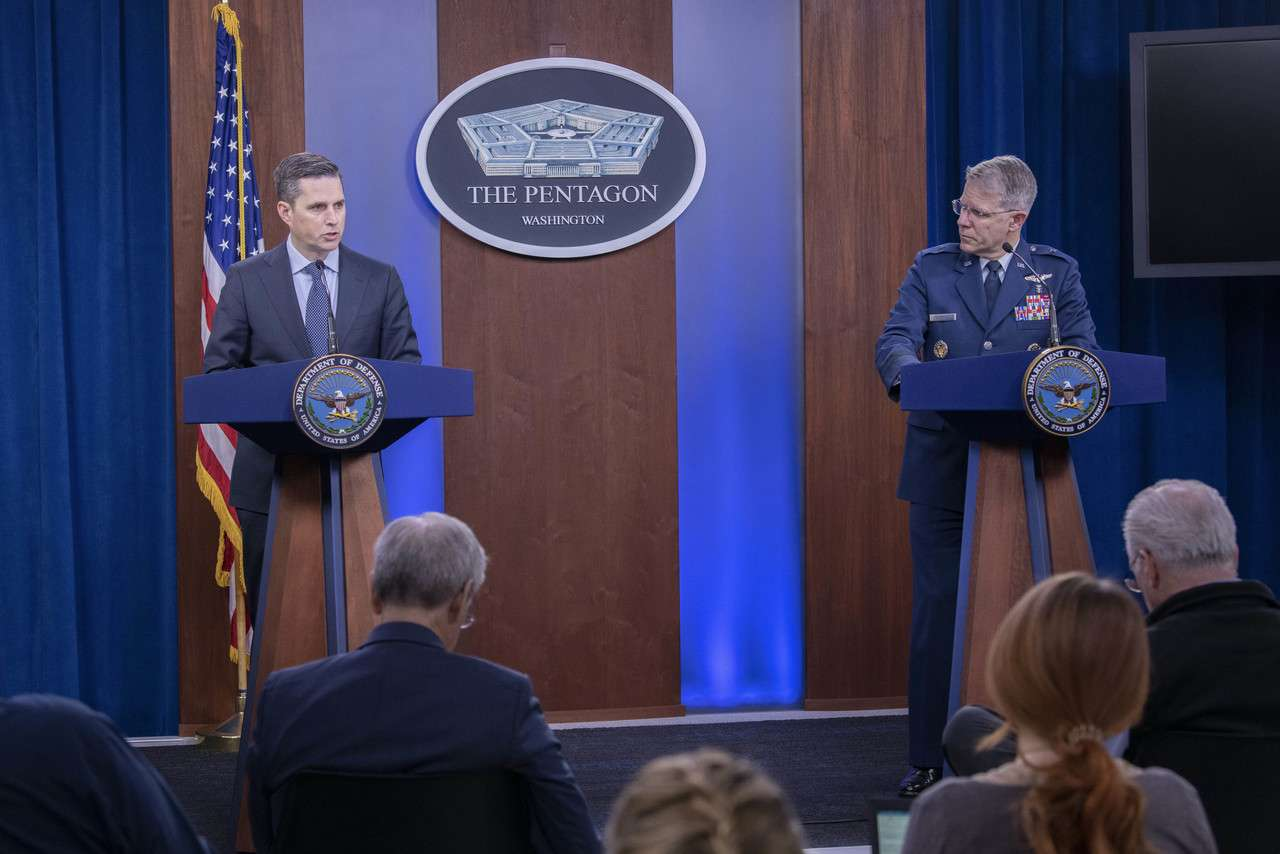 Assistant to the Secretary of Defense for Public Affairs Jonathan Rath Hoffman & Joint Staff Surgeon Air Force Brig. Gen. (Dr.) Paul Friedrichs