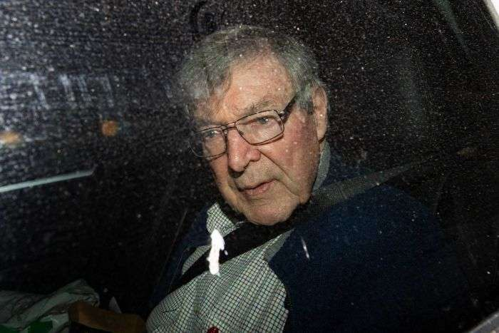 PHOTO: George Pell arriving at the Seminary Of The Good Shepherd in Sydney last night. (AAP: Bianca de Marchi)