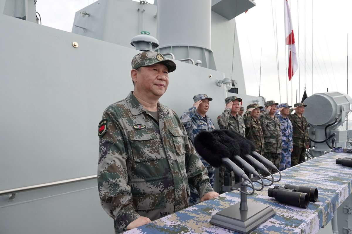 Chinese President Xi Jinping reviews a military display of Chinese People's Liberation Army (PLA) Navy in the South China Sea, April 12, 2018.